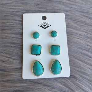 Cute navajo turquoise studs